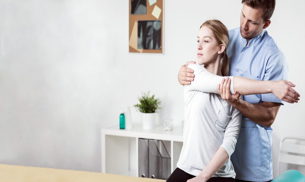 frozen shoulder syndrome chiropractic treatment, el paso tx.