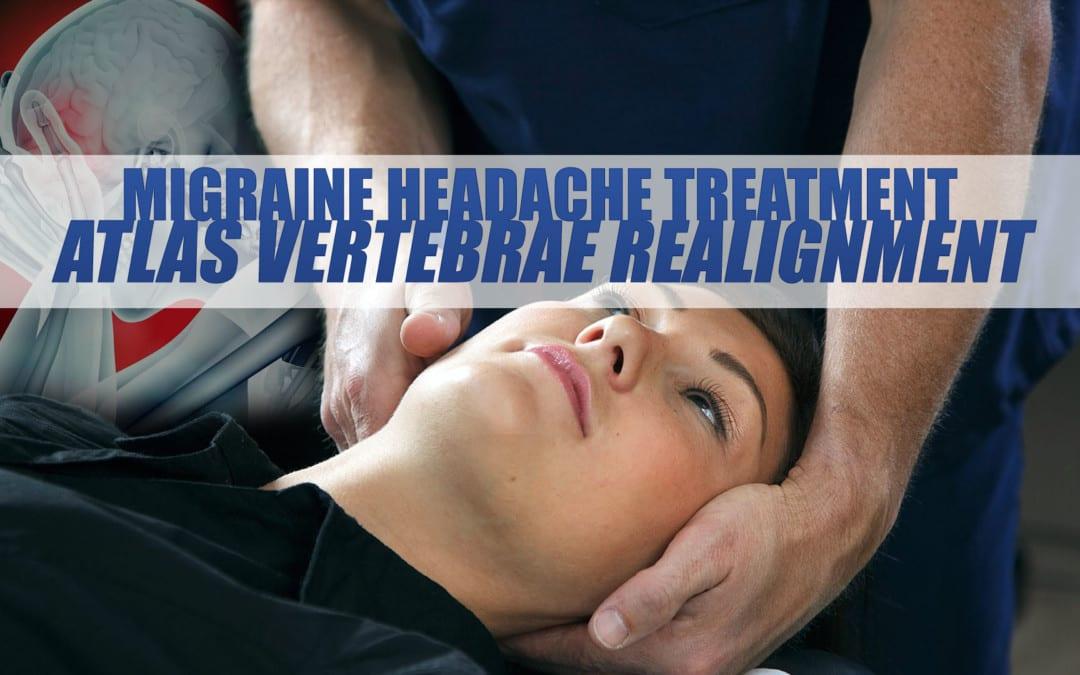 Tratamiento de la migraña del dolor de cabeza: realineación de las vértebras Atlas