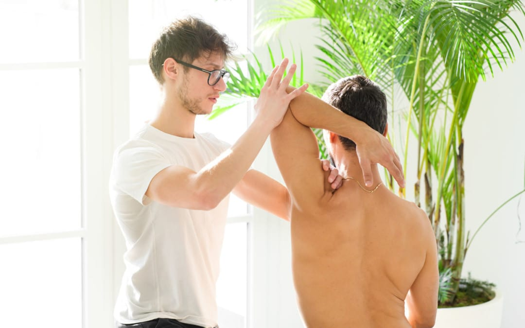 Shoulder Pain, Limited Mobility and Chiropractic Care